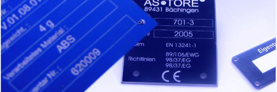 eloxiertes Aluminiumschild mit Laserbeschriftung