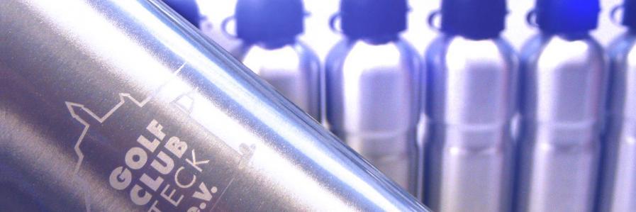 Thermosflasche aus Edelstahl mit Lasergravur